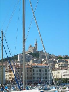 Марсель — город Графа Монтекристо, рыбаков и местного супа буйабесс