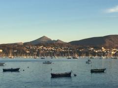 « Крепость с видом на бухту Чингуди».Фонтарабия, Испания ,провинция Гипискуа.