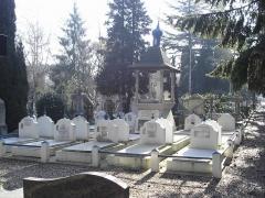 Русское кладбище в Сен-Женевьев-де-Буа: В поисках утраченной России